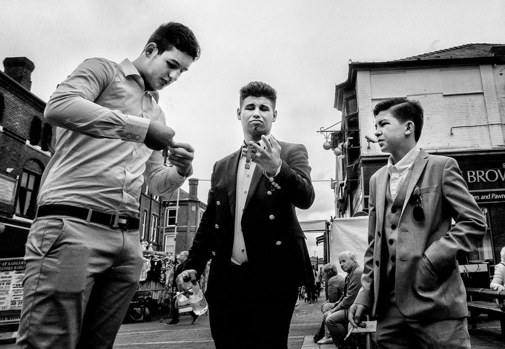 traveller boys with watches, Castleford